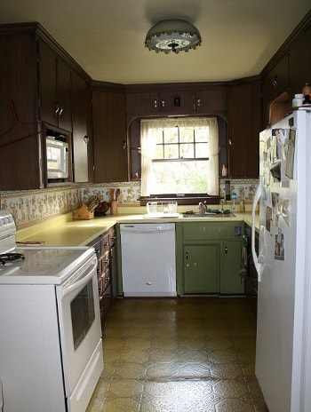 Redecorating on a budget - Lisa's kitchen before