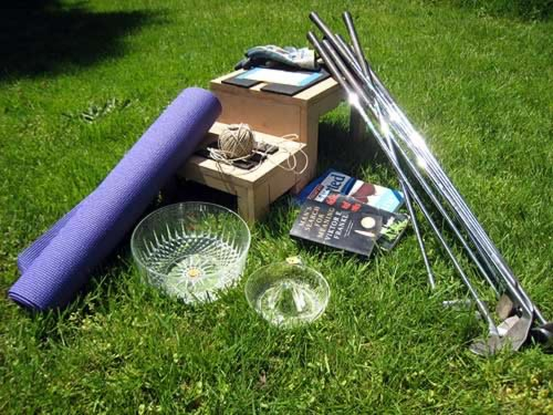 I picked up a yoga mat, some golf clubs, a pair of gloves, two dishes, some books, and more!